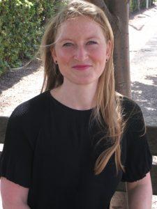 Frau Arnhold Förderlehrerin